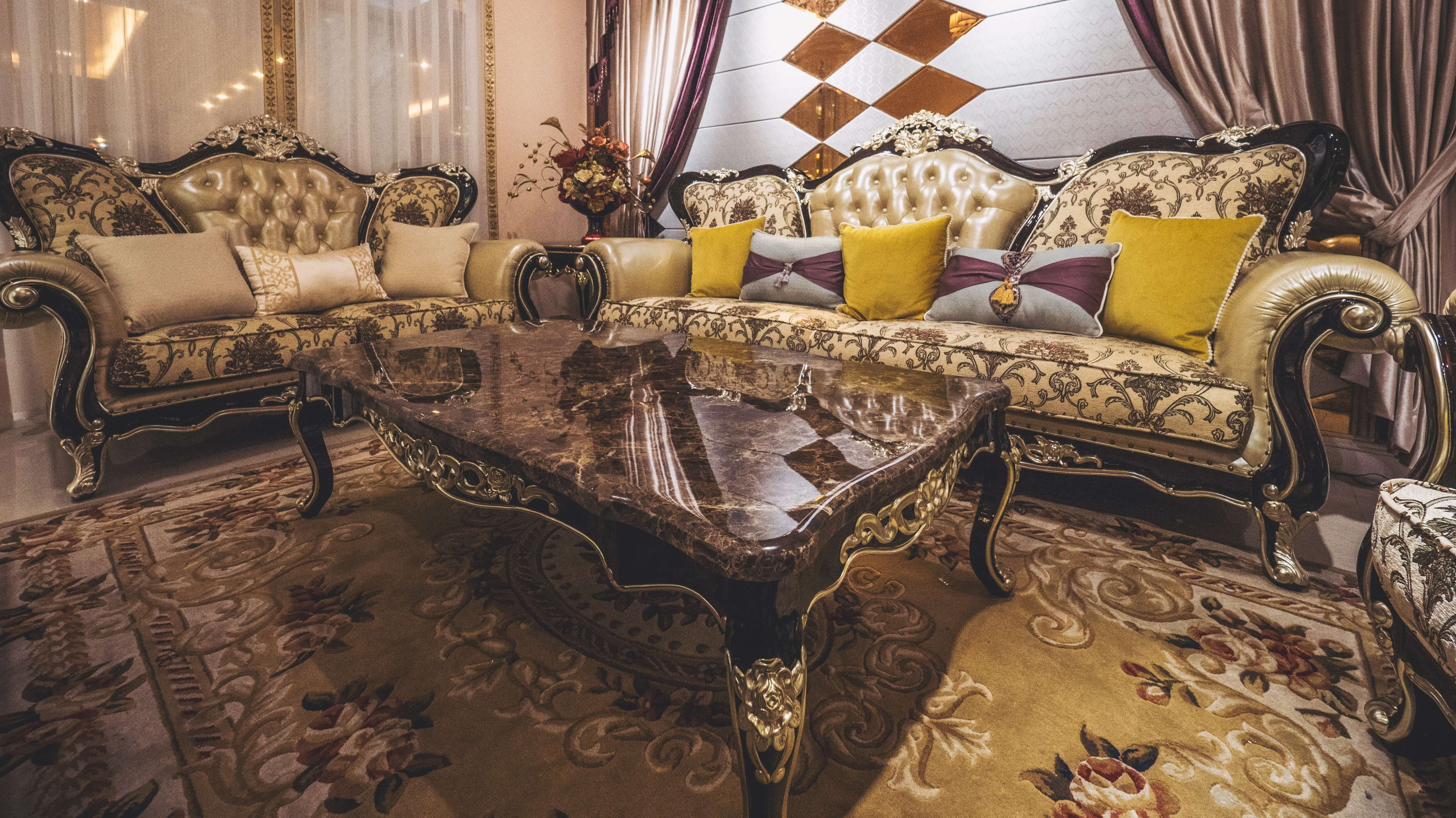 What Are The Characteristics Of Baroque Furniture